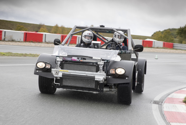 New Mobility: Bosch Advanced Driving Module  - Power-Provisorium