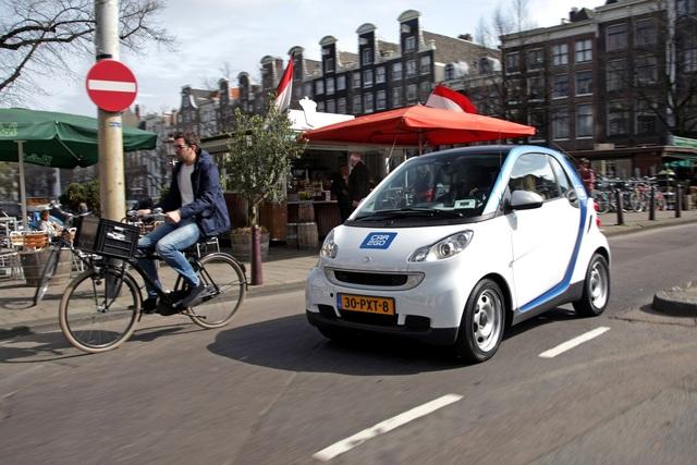 Car-Sharing - Elektro-Smarts für Amsterdam