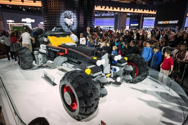 Lego Batmobil - Klötzchen für den Dunklen Ritter