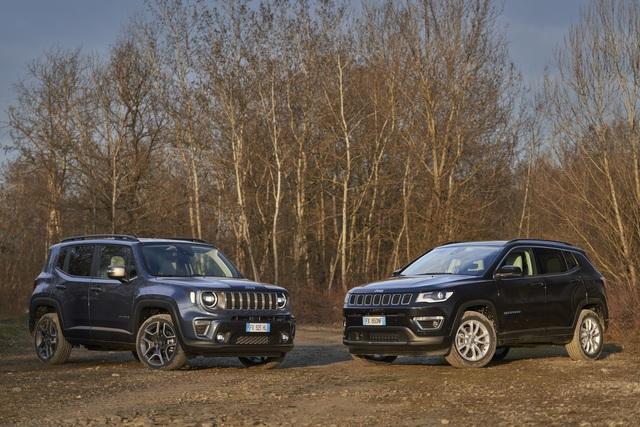 Jeep Renegade 4xe und Compass 4xe  - Mit Allrad und Stecker