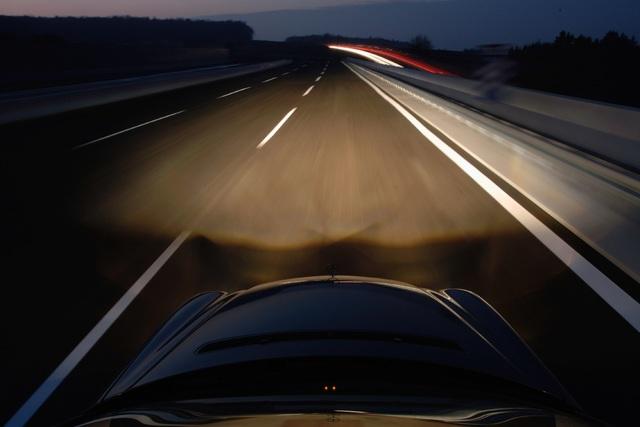 Checkliste zum Fahren im Alter - Wann man die Hände vom Steuer lassen sollte