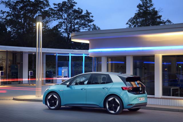 VW ID-Familie   - Ab sofort mit Funk-Updates