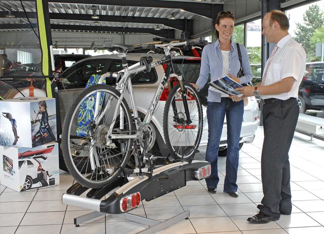 Ratgeber: Fahrräder mit dem Auto transportieren - Am Heck, auf dem Dach oder im Laderaum