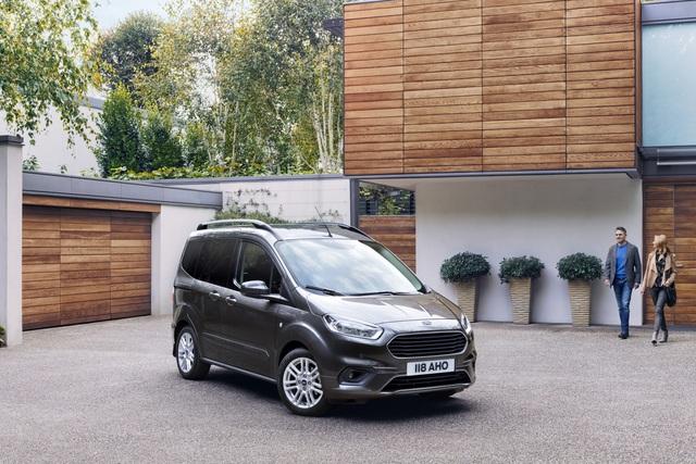 Ford Tourneo Connect und Courier - Feinschliff für Familienvans