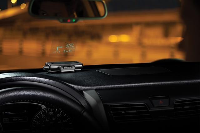 Portables Head-up-Display - Projektor für die Handy-Navigation