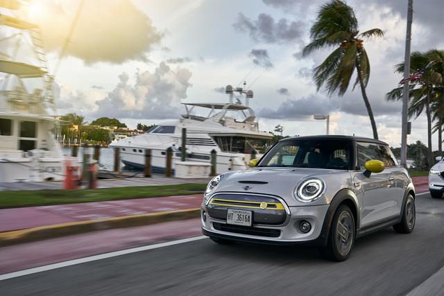 Fahrbericht: Mini Cooper SE - Englands Klassiker tankt an der Steckdose