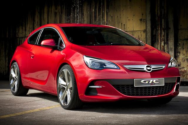 Opel GTC Paris - Muskelspiele mit 290 PS