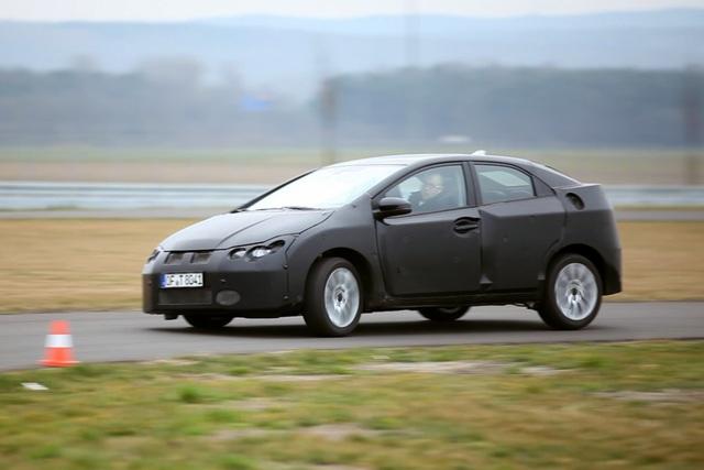 Honda Civic - Japans sportlicher Kompakter mit neuem Fahrwerk