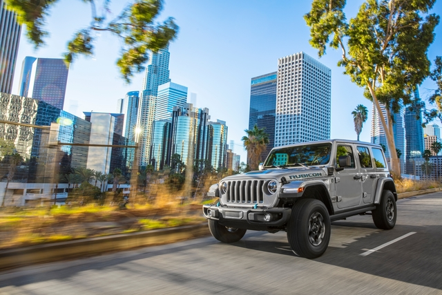 Jeep Wrangler 4xe  - Offroader unter Strom