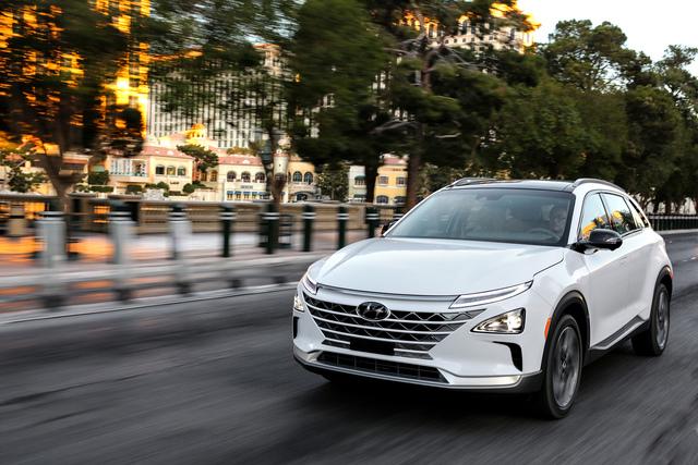 5x Brennstoffzellenautos  - Die Zukunft ist bereits Gegenwart