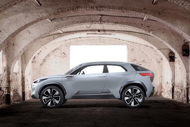 Hyundai Intrado - Leicht nach vorne