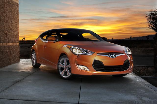 Hyundai Veloster - Eleganter Seitenwechsel