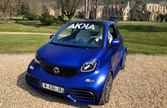 Akka baut E-Smart mit drei Motoren - Mini-Mobil mit Maxi-Muskeln