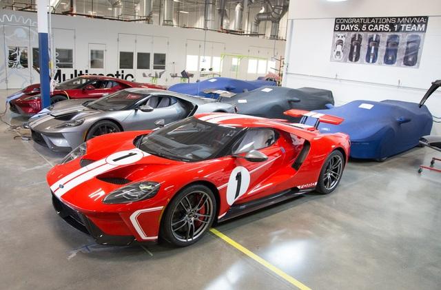 Zu Besuch in der Ford-GT-Manufaktur  - Handgefertigte Träume