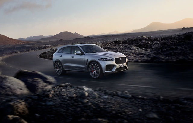 Jaguar F-Pace SVR  - Vier Tatzen für ein Halleluja