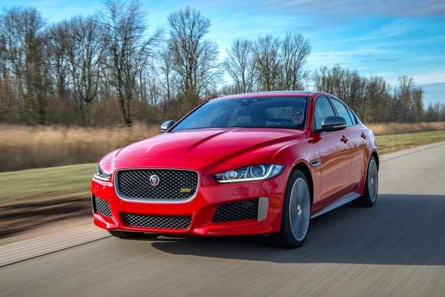 Jaguar XE und XF  - Mehr Ausstattung und ein neues Sondermodell