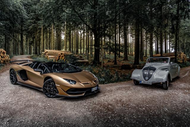 Peugeot 402 Eclipse trifft Lamborghini Aventador SVJ Roadster - Der Stromlinienförmige und das Biest