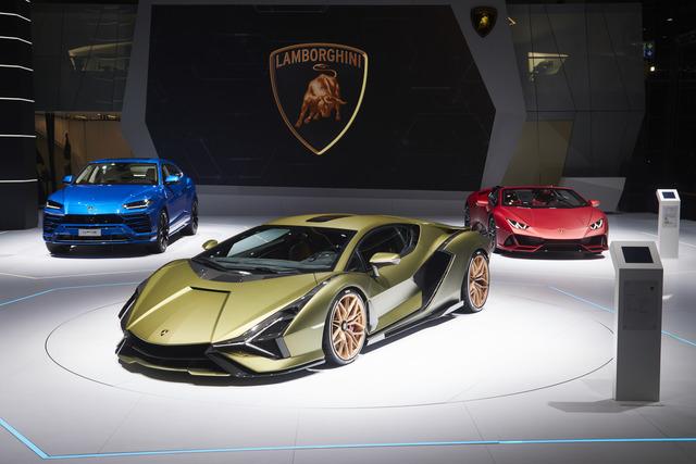 Lamborghini Sián - V12-Sportler mit E-Blitz