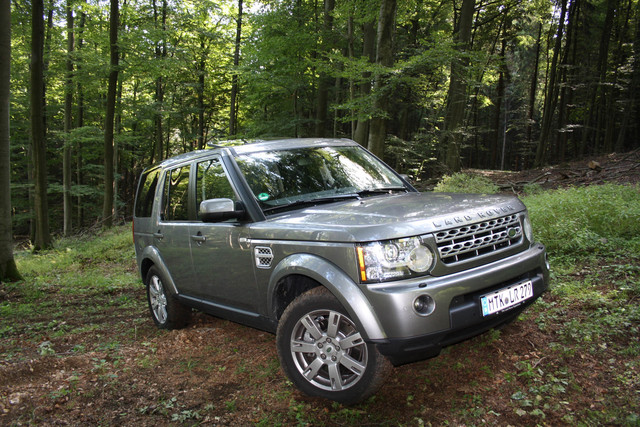 Land Rover Modelle 2012 - Stilvoller und sparsamer durch Stadt und Schlamm (Kurzfassung)