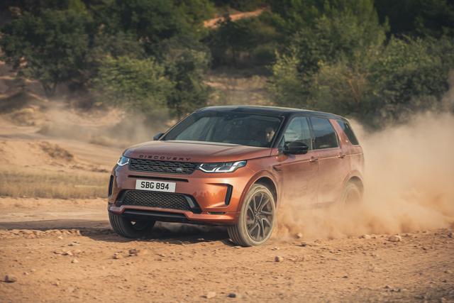 Land Rover Discovery Sport und Evoque Modelljahr 2021 - Neue Motoren und cleverer Lotse