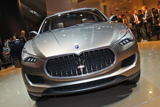 Maserati-Studie - Kubang gegen Cayenne