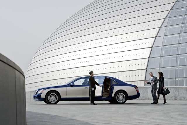 Die längsten Limousinen - Fürstlicher Platz