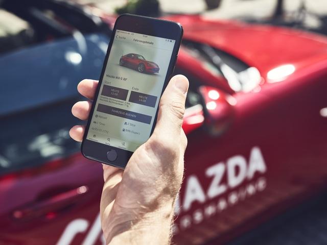 Carsharing-Angebot von Mazda - Mietstationen auf Supermarkt-Parkplätzen