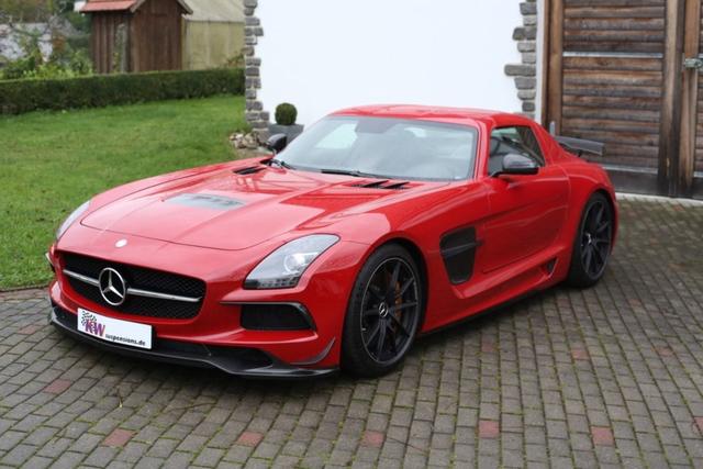 Hydraulisches Fahrwerk für Mercedes SLS AMG Black Series - Keine Angst vor Schwellern
