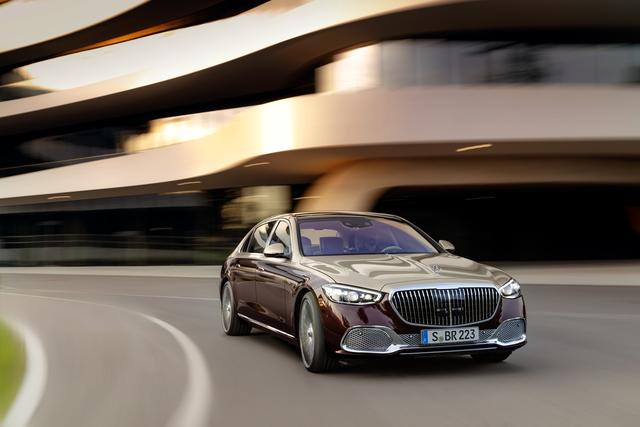 Mercedes plant Luxus-Gruppe  - Edel-Trio für Straße, Rennstrecke und Gelände