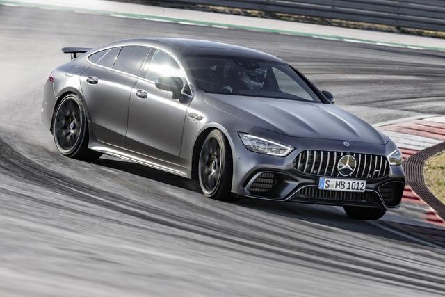 Mercedes-AMG GT 4-Türer Coupé - Start mit starken V8-Versionen