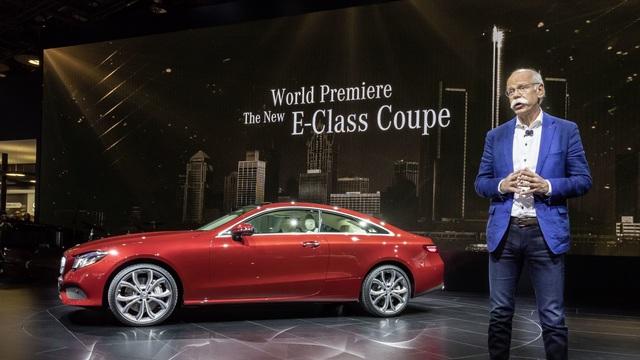 Sitzprobe im Mercedes-Benz E-Klasse Coupé - Ein E für zwei