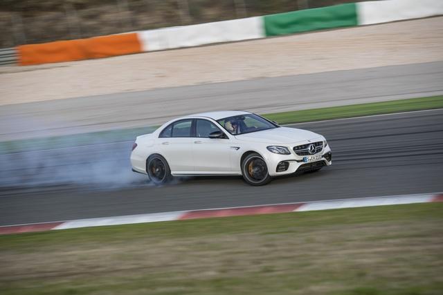 Mercedes AMG E 63 S - E wie extrem (Kurzfassung)
