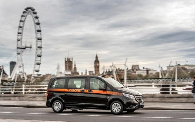 Mercedes überarbeitet London Taxi - Vito mit lenkender Hinterachse