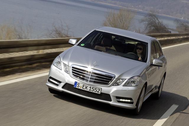 Mercedes E 300 BlueTec Hybrid - Komfort und Knauserigkeit (Kurzfassung)
