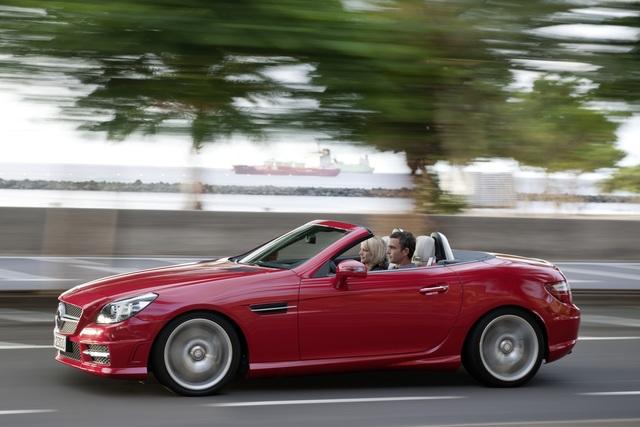 Mercedes-Benz SLK - Dritte Generation des Roadsters mit sparsameren Motoren