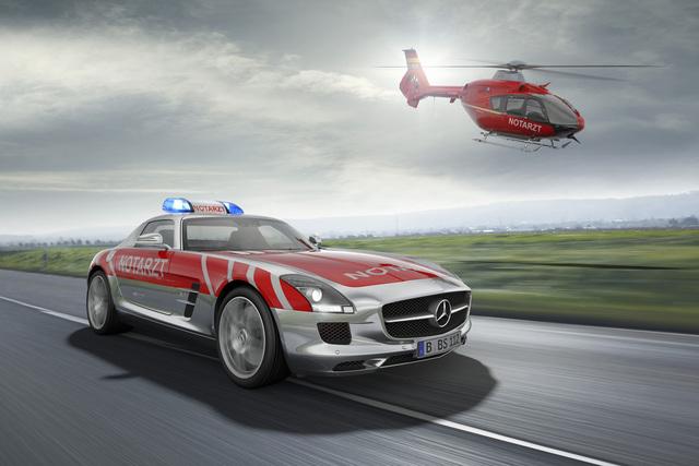 Mercedes SLS AMG Rettungswagen - Besonders schnelle Hilfe