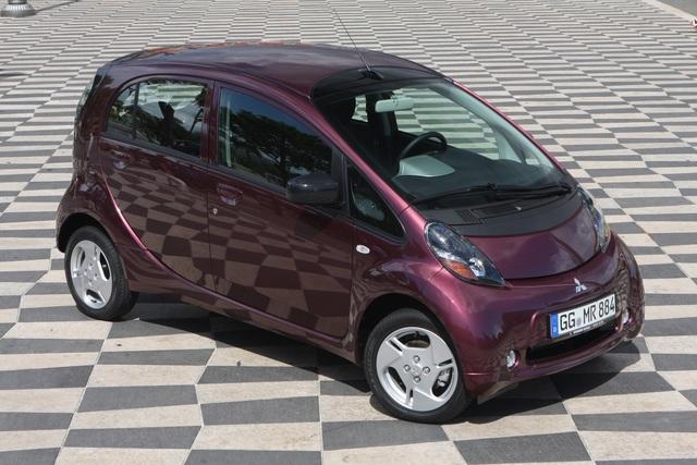 Mitsubishi Elektroauto - Sauberer Stadtflitzer zum Oberklassepreis