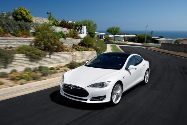 Tesla Model S - E-Auto zum Leasen