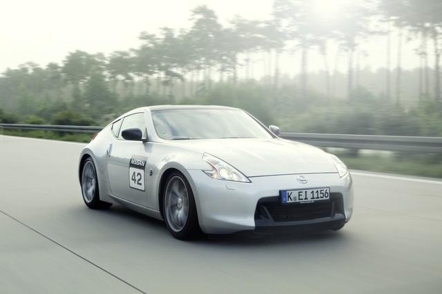 Nissan 370Z Battle - Sport-Show