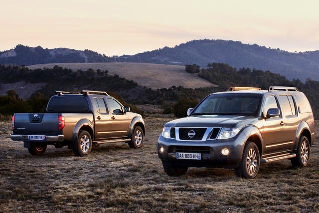 Nissan Pathfinder und Navara-Sondermodell - Edelmetall für Offroader