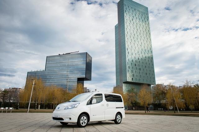Elektrischer Nissan Evalia - Fast 300 Kilometer ohne Steckdose