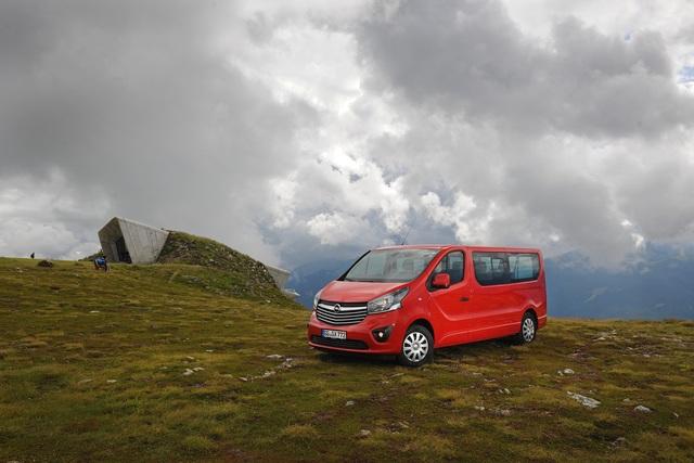 Fahrbericht: Opel Vivaro - Für Bergsteiger und Großfamilien