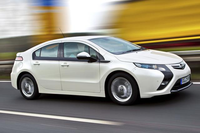 Opel Ampera - Stromern ohne Reichweitenangst (Vorabbericht)