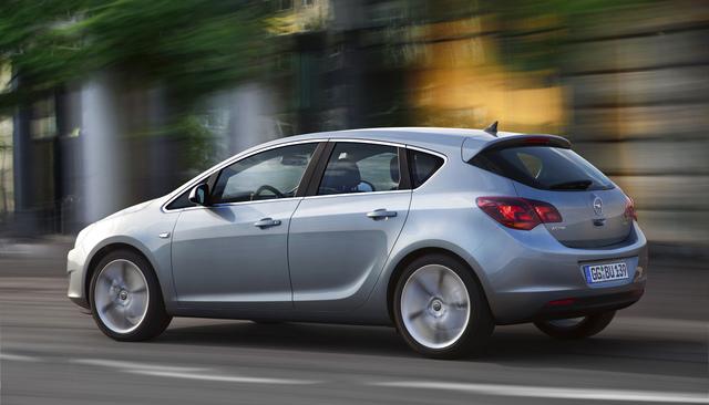 Sparsamer Opel Astra mit kleinem Diesel jetzt im Handel