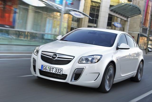 Opel Insignia OPC - Sechsgangautomatik für den Sechszylinder