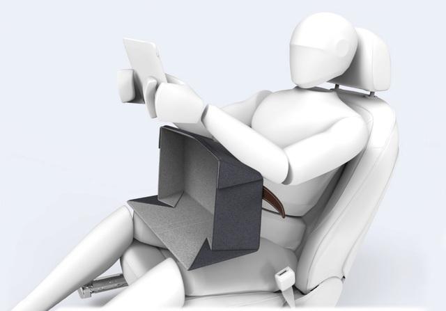 Neues Autositzkonzept - Arme hoch gegen Übelkeit
