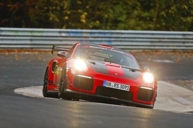 """Porsche GT2 RS """"MR""""  - Rundenrekord vom Haustuner"""