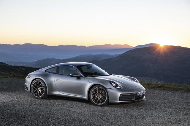 Weltpremiere des neuen Porsche 911 - Die Legende lebt weiter