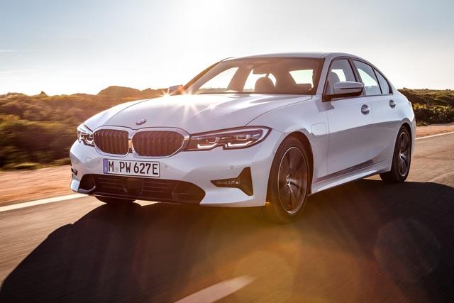 BMW 330e  - Plug-in-Hybrid mit gesteigerter Reichweite