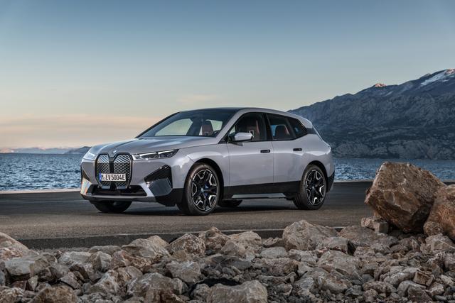 BMW iX  - Elektro-Konkurrent für den X5